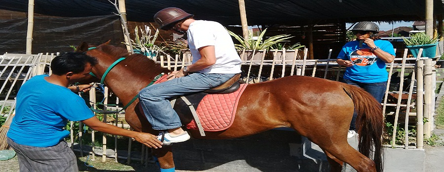 Bali Serangan Horse Riding Tour Packages